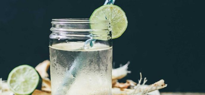 coconut-water_287820311_med-690x518